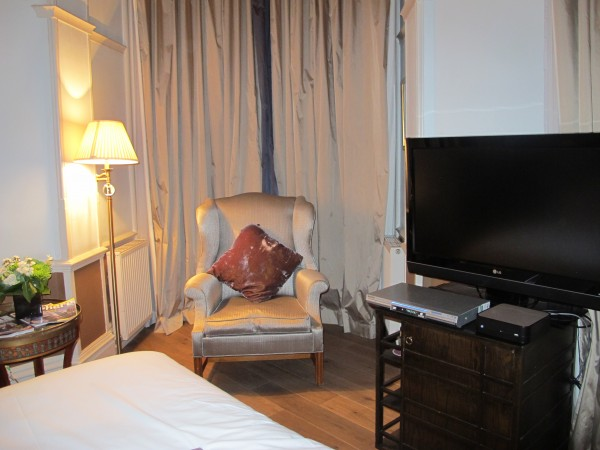 Oscar Wilde suite, Cadogan Hotel, London